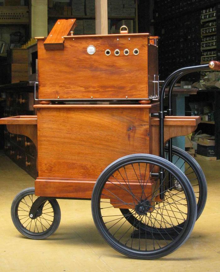 24 portable sur charrette 3 roues